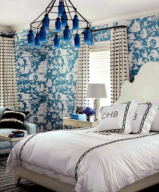 The Clean Fresh Look Of This Bedroom Is Enhanced By The Blue And White Toile  Wallpaper.